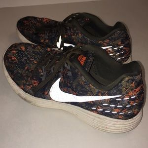 Women's Nike Lunartempo 2 Shoes Sz 7 US Multicolor